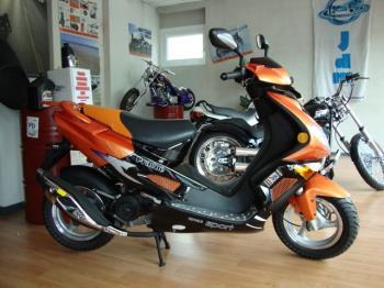 Cicli e Motocicli - LINGBEN - Km 0 - € 850 - Clicca per la scheda veicolo completa
