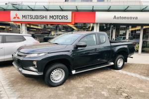 Mitsubishi-L200 CLUB CAB INVITE CONNECT