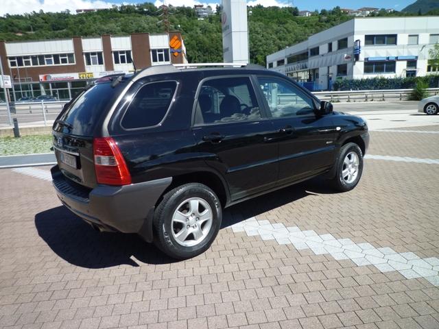 KIA SPORTAGE 2.0 GPL - Km 180000 - Euro 9500